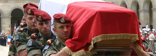 """LES PARACHUTISTES MORTS AU """"CHAMP D'HONNEUR"""""""