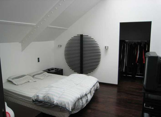 conseil deco chambre sous comble. Black Bedroom Furniture Sets. Home Design Ideas
