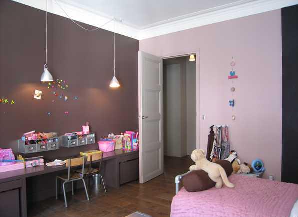 Chambre des filles page 2 for Chambre fille gris rose