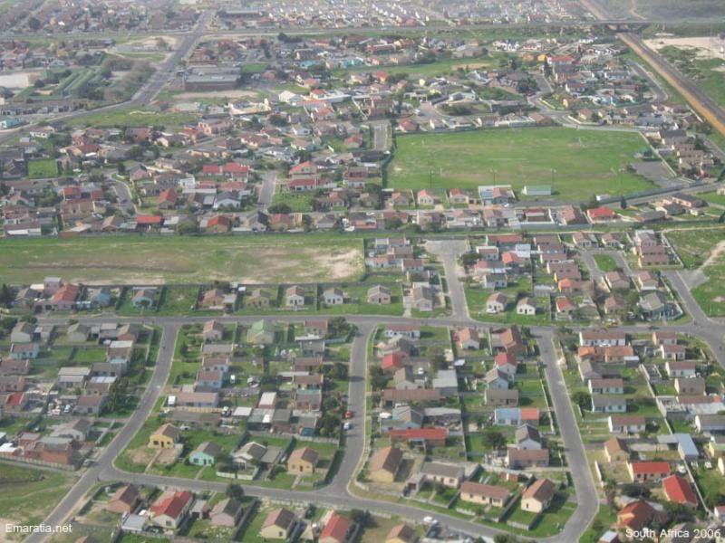 جنوب افريقيا بمناسبه كاس العالم emarat10.jpg