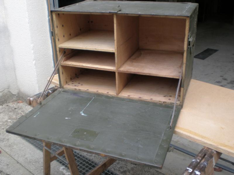bureau de campagne fran ais. Black Bedroom Furniture Sets. Home Design Ideas