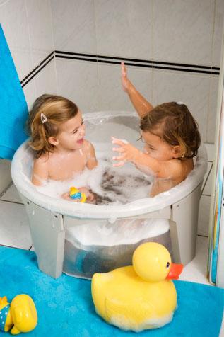 quand la petite baignoire devient trop petite. Black Bedroom Furniture Sets. Home Design Ideas
