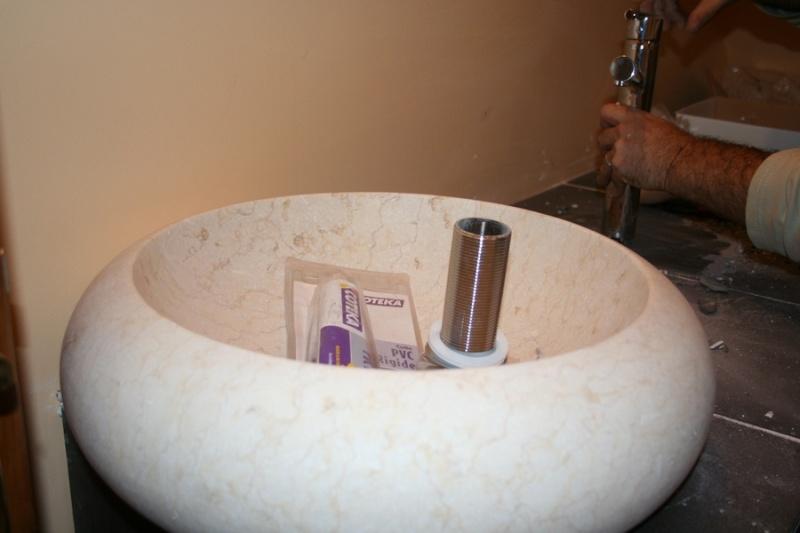 Salle de bain salle de bains quelle couleur pour les for Accessoires salle de bain couleur orange