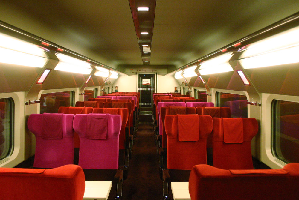 Tgv thalys pba 4537 new thalys l 39 int rieur for Interieur tgv