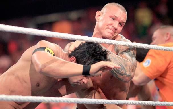 Exclusive WWE.Raw.15.06.2010 XVID 790MB Rmvb untitl19.jpg