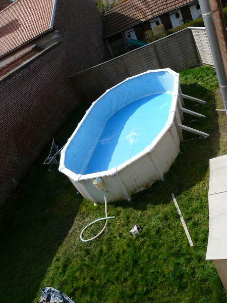 J 39 enterre ma piscine hors sol piscines r alisations for Piscine en tole