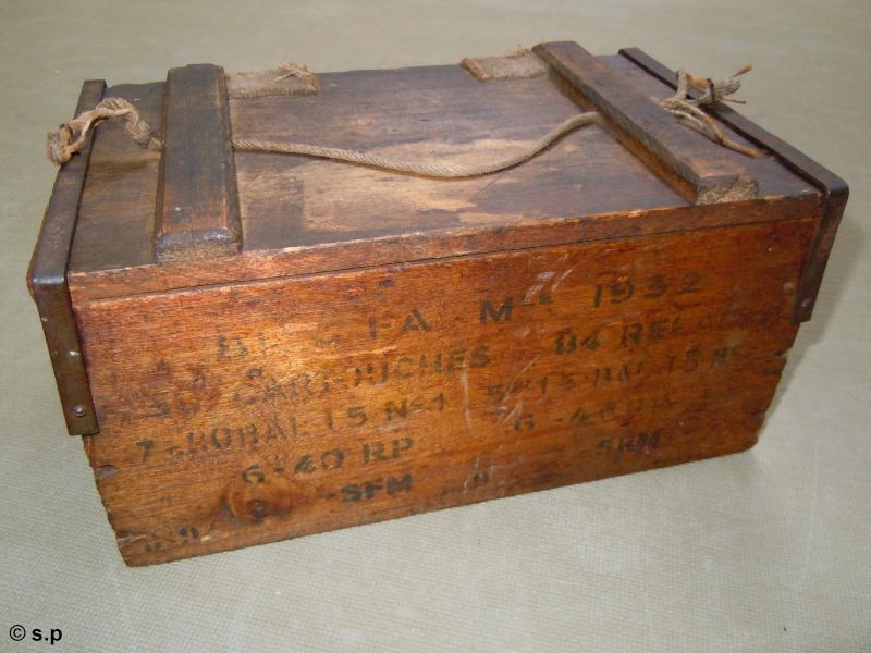 Caisse pour cartouches et relais mortier 81 mm fa mle 1932 - Le petit zinc rouen ...