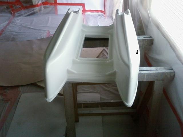 Renovation anatec catamaran for Peinture interieur bateau
