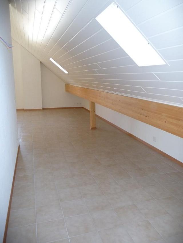 separation d 39 une piece. Black Bedroom Furniture Sets. Home Design Ideas