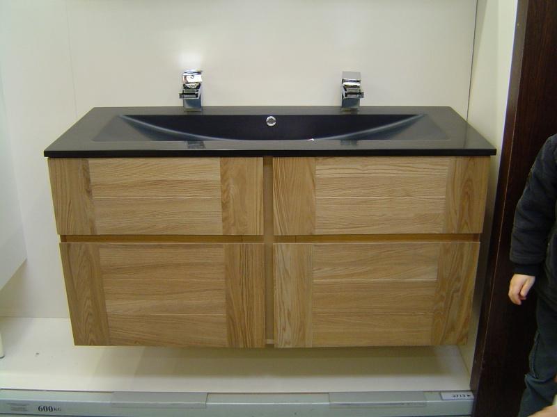 Une pi ce de plus notre salle de bains page 3 for Quel carrelage pour une salle de bain