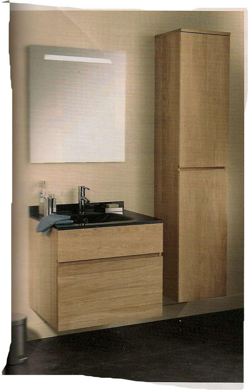 une pi ce de plus notre salle de bains. Black Bedroom Furniture Sets. Home Design Ideas
