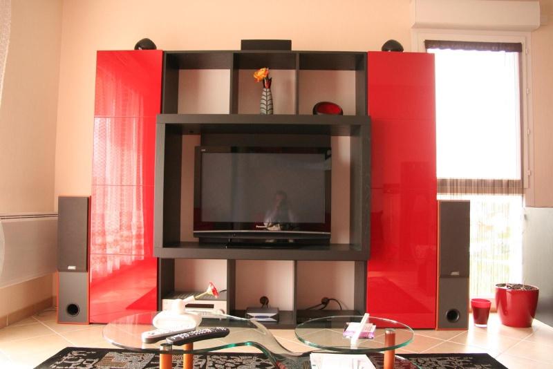 mobilier avis sur meubles la maison contemporaine. Black Bedroom Furniture Sets. Home Design Ideas