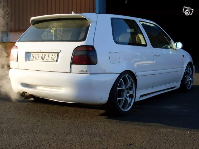 Cherche golf vr6 for Interieur golf 3 vr6