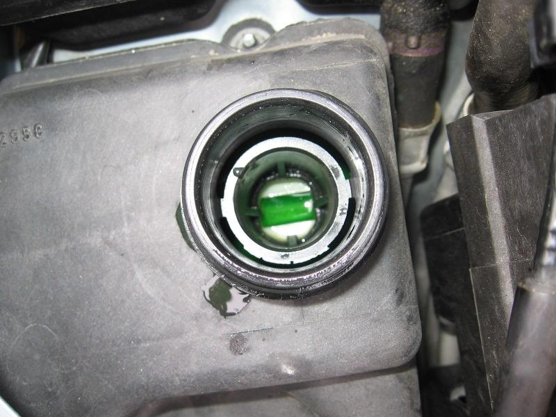 moteur 1 8 16v 117cv  niveau liquide refroidissement